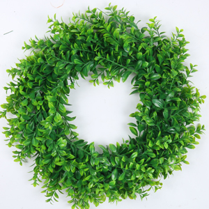 16 Inch artificial boxwood green wreath