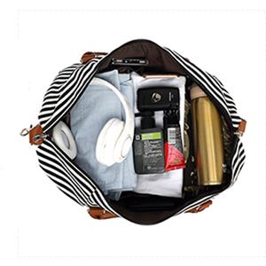 Large capacity duffle bag