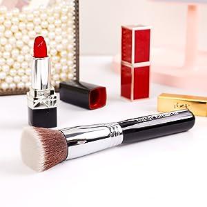 Kabuki foundation brush