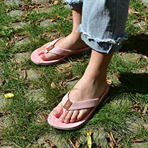 comfy flip flops womens