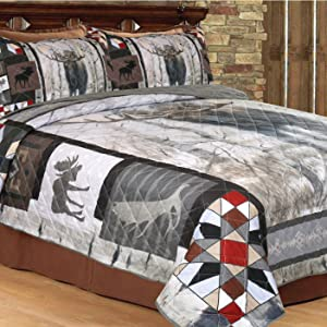 queen quilt bed display