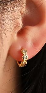 daisy_hoop_earrings