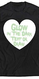 camiseta que brilla en la oscuridad