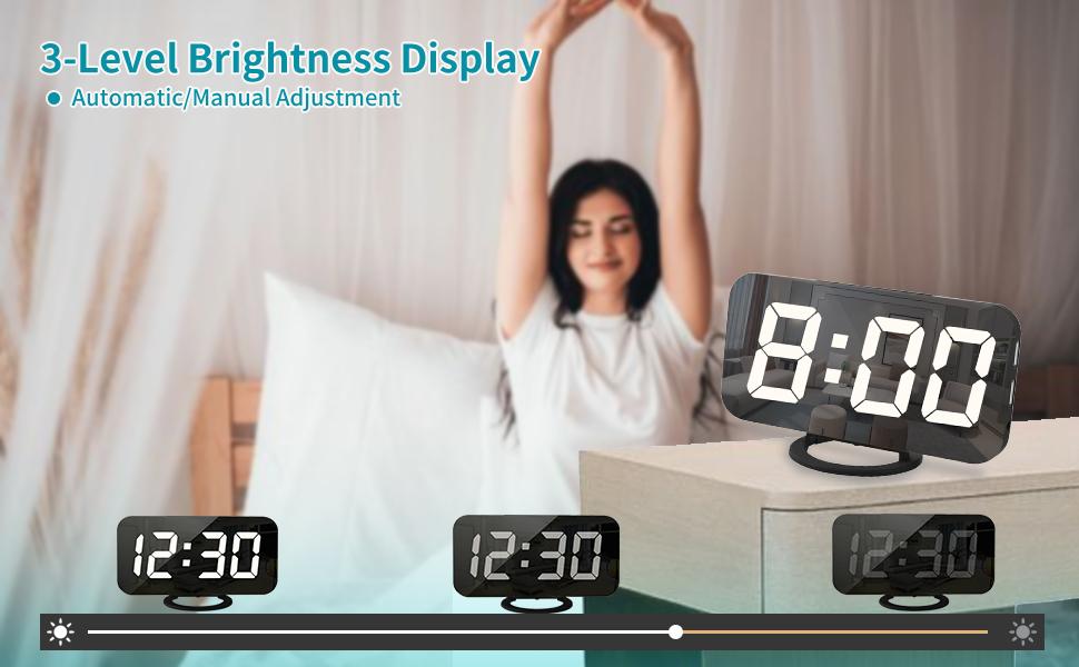 digital alarm clock with usb changer port