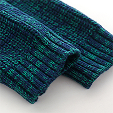 Display of ribbed sleeve cuff