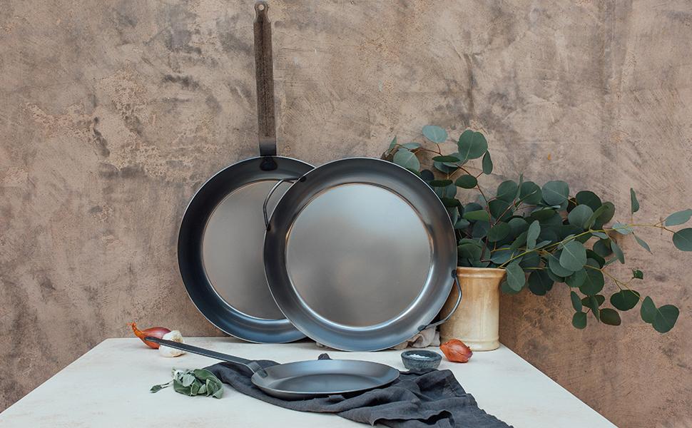 black steel carbon nonstick PTFA PFOE cast iron lodge natural egg steak