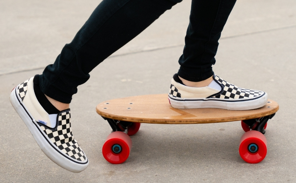 Amazon.com : Eggboards Mini Longboard The Original - Bamboo Wood ...