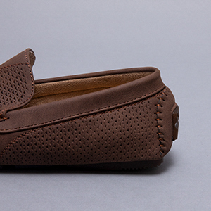 We have hundreds of different casual shoes to choose from.