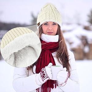 Warm Winter bluetooth beanie