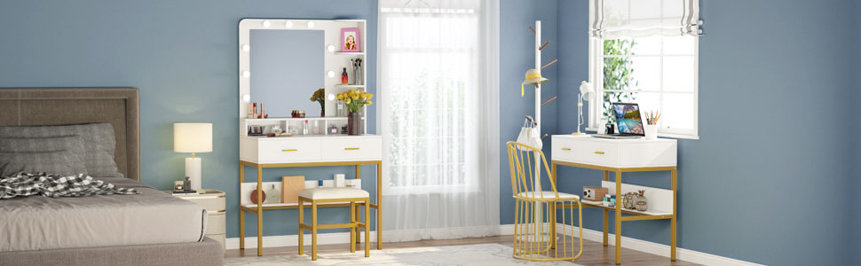 Dream of having a beautiful lighted vanity mirror comes true with this stylish vanity table.