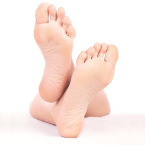 apply foot cream