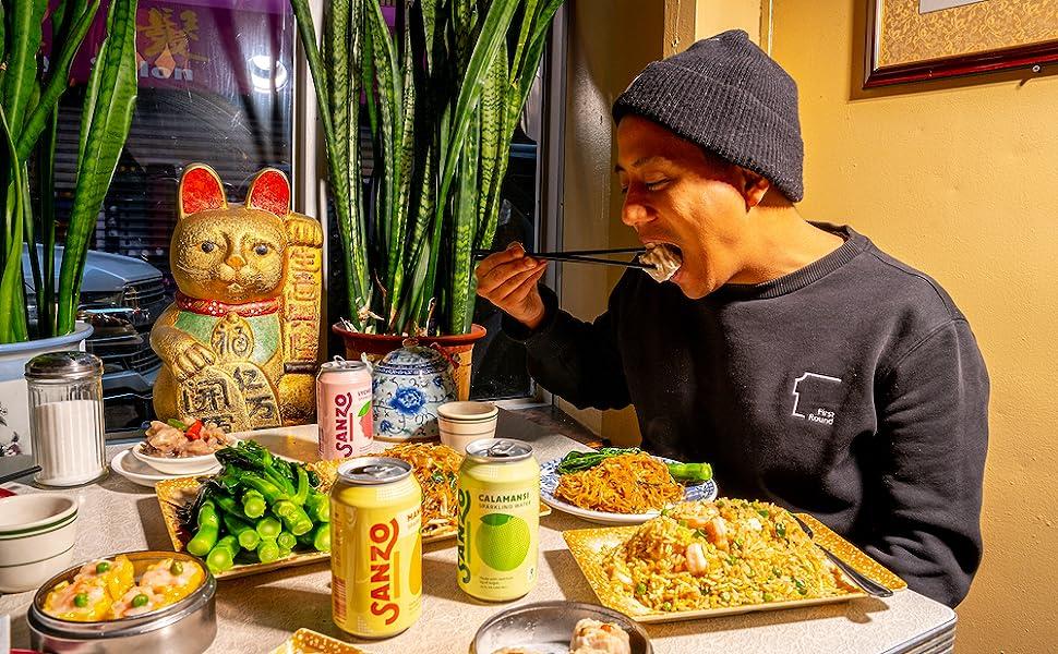 sandro eating