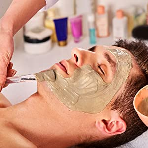 Mineral rich clay mask