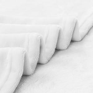 White throw blanket-01