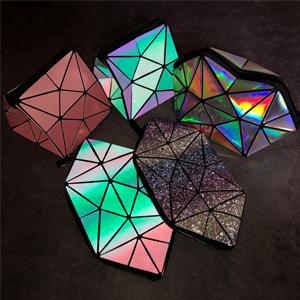 Foldable makeup bag