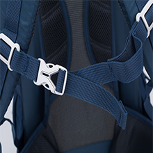 shoulder strap with chest clip to provide excellent ventilation and easing burden form your shoulder