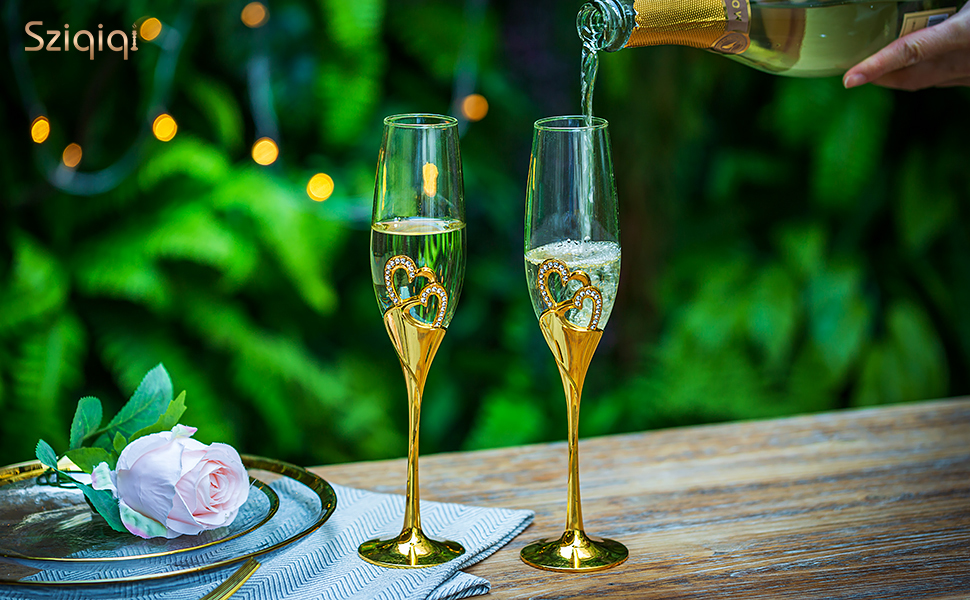 champagne glasses for wedding and anniversary
