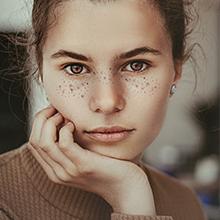 Treats Hyperpigmentation