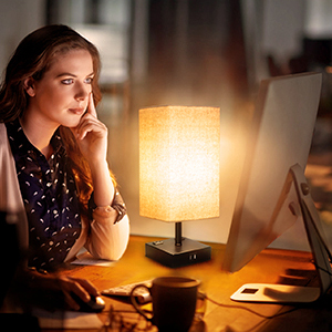 Amazon Com Touch Table Lamp 3 Way Dimmable Touch Lamp Bedside Lamp With 2 Usb Charging Ports And 2 Ac Outlets Modern Desk Lamp Nightstand Bedroom Lamp For Bedroom Living Room Reading Office Led