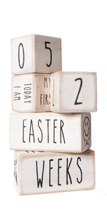White baby milestone blocks