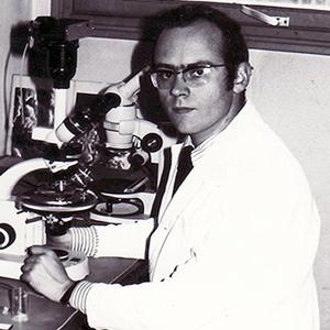 Dr Le Ribault