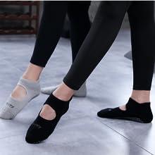 nonskid socks no slippery barre fitness yoga pilates silicon bottom dots socks maternity sock birth