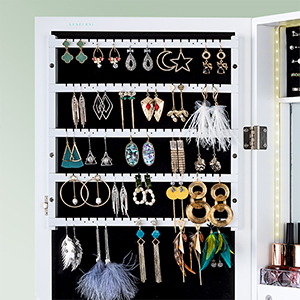 earrings slots