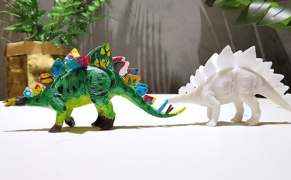 Stegosaurus model painting
