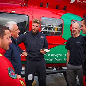 wales air ambulance helicopter team