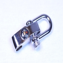 shackle, paracord
