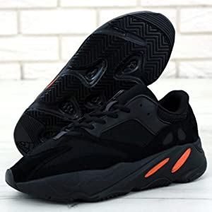 yezzy shoes black running