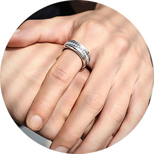 newshe wedding rings for him and her
