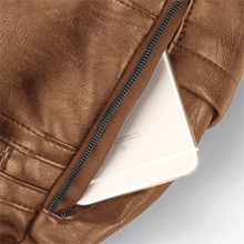 Hidden Pockets On Each Side