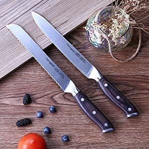 bread knife and slicing knife