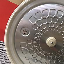 Metal exhaust valve