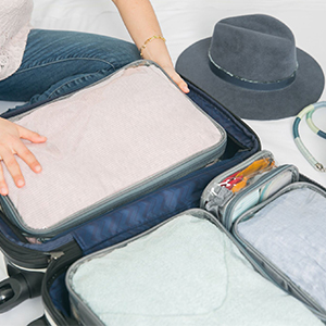 Clear packing cubes set of 4