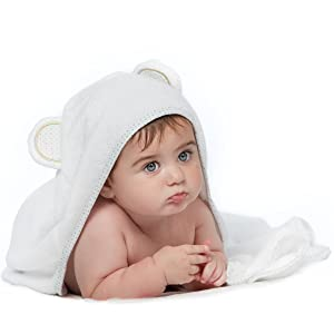 Fast drying hooded towel for baby, baby bamboo towel ideal for baby boy gifts and baby girl gifts