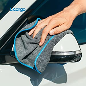 Microfibre cloth from LICARGO for use on car mirrors