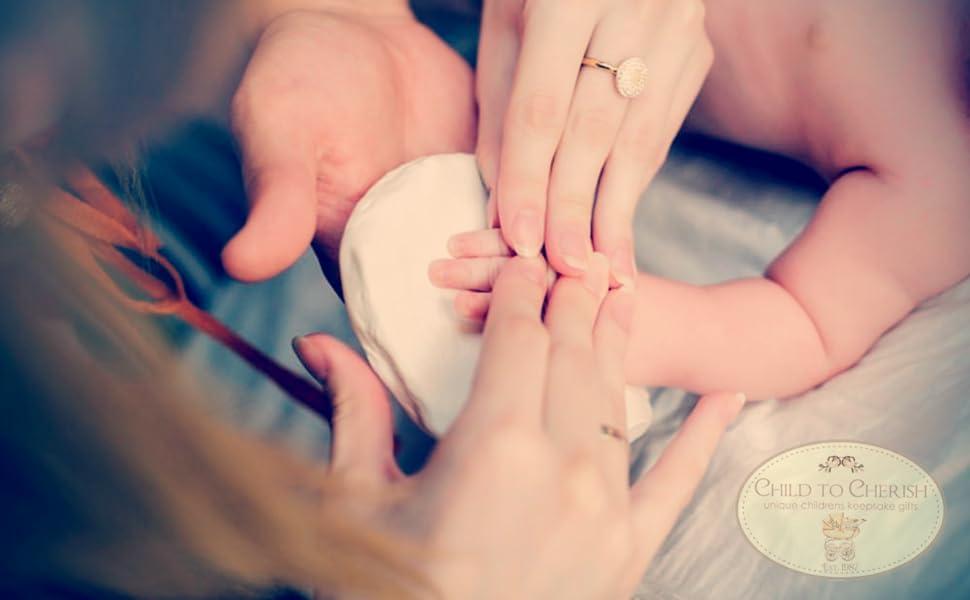 baby handprint, babys first handprint, baby handprint kit, baby footprint kit, hand print kit