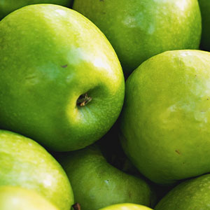 APPLE AMINO ACIDS Perfect astringent which deeply cleans and exfoliates the skin.*