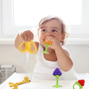 Baby Teething Toys BPA Free Teething Toys  Freezer teether Silicone baby toys Giraffe Teethers