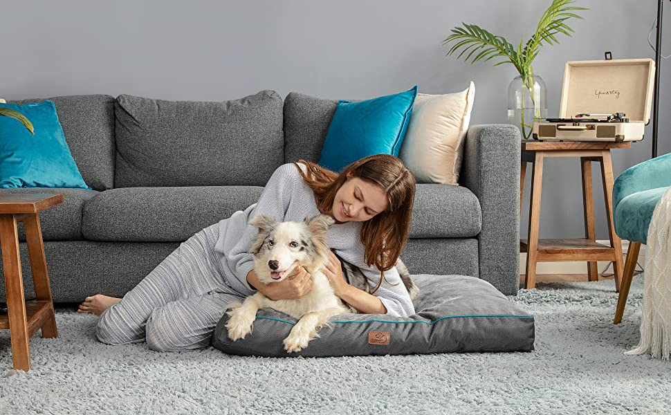 Bedsure Waterproof Dog Bed for Large Dogs Cats with Removable Cover and Waterproof Liner