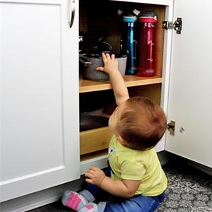 Baby cabinet lock