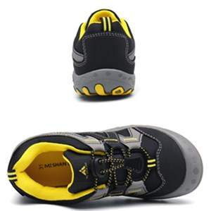 Buckle Black Hiking Shoes