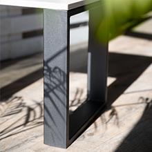 Tafelpoten van Holzbrink