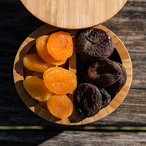 nuts dried fruits seeds