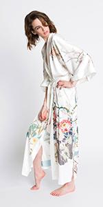 KIM+ONO Women's Charmeuse Kimono Robe Spring Floral White