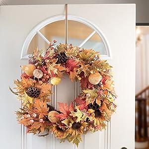 High Profile All-Season Wreath Hanger
