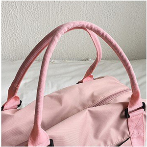 travel bag with handle