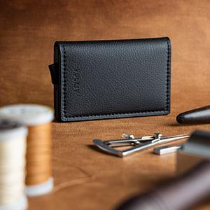 pop up wallet